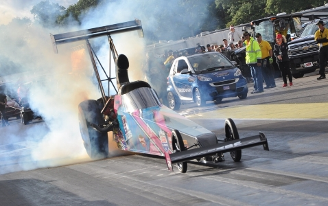 Megan Meyer Becomes Quickest Female in NHRA Top Alcohol Dragster at